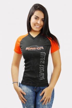 Camiseta Dry Fit modelo Raglan Gola V